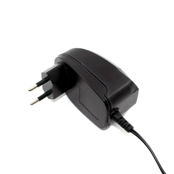 12V 1.5A AC/DC switching adapter, 18W adapter